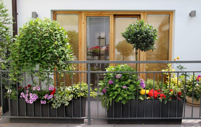 bloempotten balkon